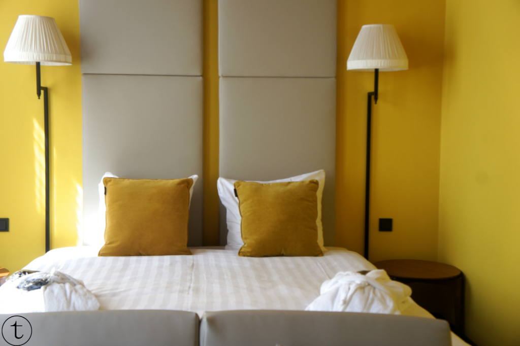 yellow room at hotel the roosevelt in middelburg zeeland