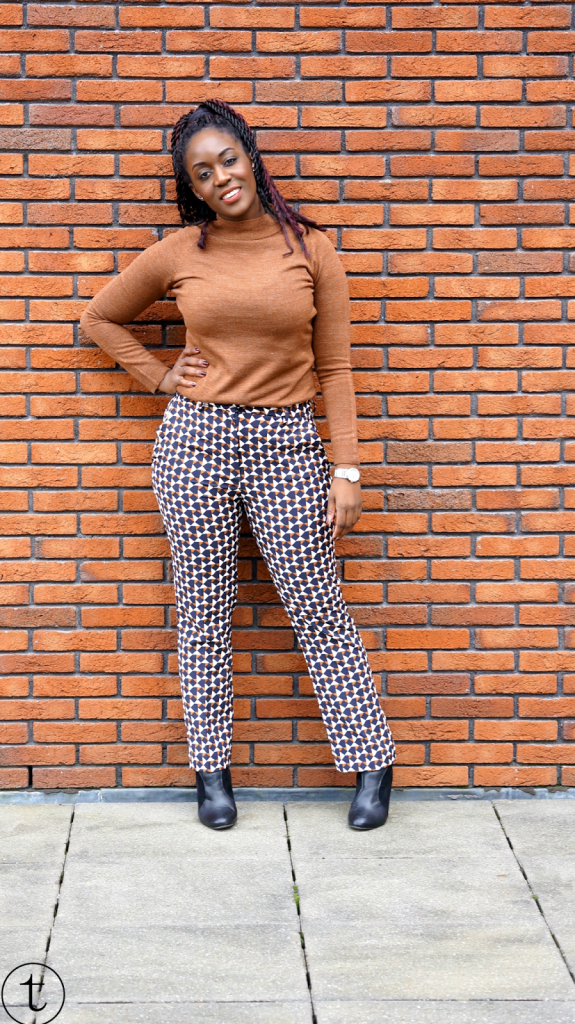 outfit post wearing h&m pants with prints