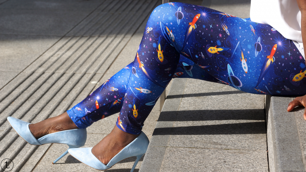 outfit post wearing fomo london leggings outfit of the day