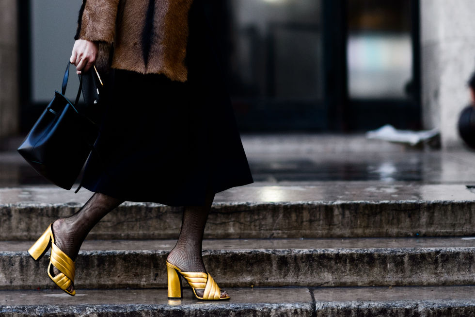 golden gucci mules streetstyle fashion blogger
